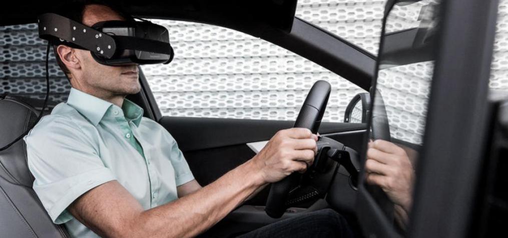 Virtual Reality Motoring